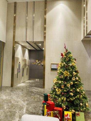 Tiện ích Phú Mỹ Hưng Midtown Shop-house thô Phú Mỹ Hưng Midtown hướng Tây Bắc, diện tích 5mx7.8m.