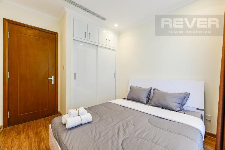 Phòng ngủ 2 Căn hộ Vinhomes Central Park tầng thấp Landmark 5, view sông