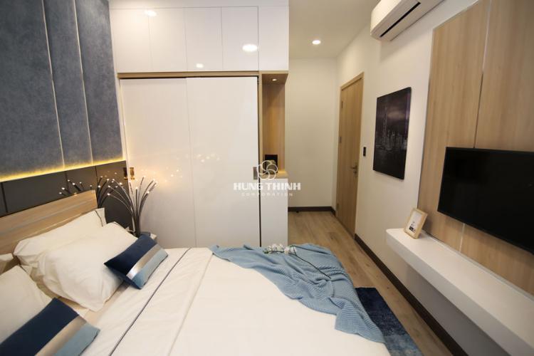 Nội thất phòng ngủ master Bán căn hộ tầng cao Q7 Saigon Riverside view hồ bơi và đường Đào Trí.