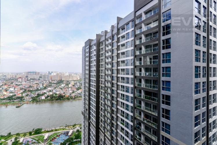 View Căn hộ Vinhomes Central Park tầng cao, Park 3, 3 phòng ngủ, full nội thất