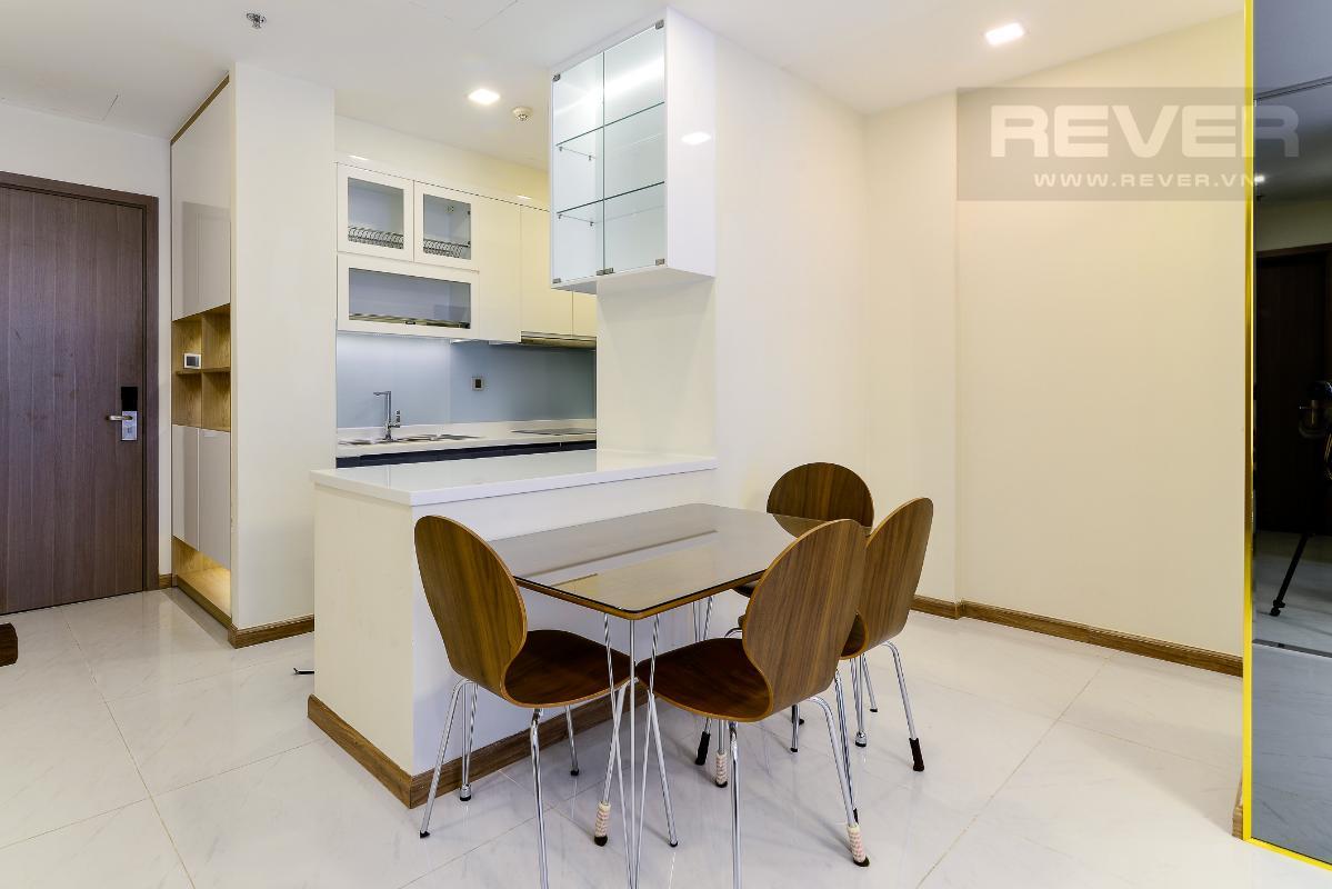 _DSC4002 Bán căn hộ Vinhomes Central Park 2PN, tháp Park 5, đầy đủ nội thất, view sông và công viên xanh mát