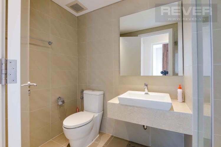 Toilet 1 Bán căn hộ Diamond Island - Đảo Kim Cương 3PN, đầy đủ nội thất, hướng Đông Nam và view sông thoáng mát