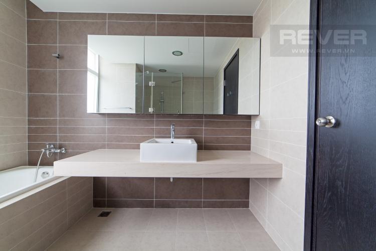 Phòng tắm 1 Căn hộ Sunrise City 3 phòng ngủ tầng trung V1 view sông