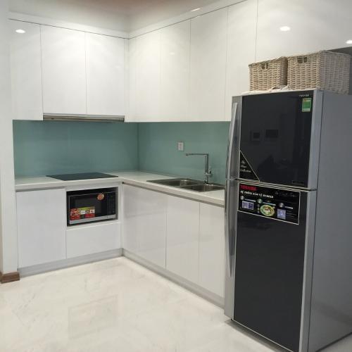 Nhà Bếp Cho thuê căn hộ tại Vinhomes Central Park 1 phòng ngủ, diện tích sử dụng lên đến 51.2m2