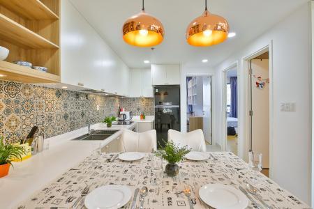 Cho thuê căn hộ Masteri Thảo Điền tầng trung, 2PN, đầy đủ nội thất, view hồ bơi