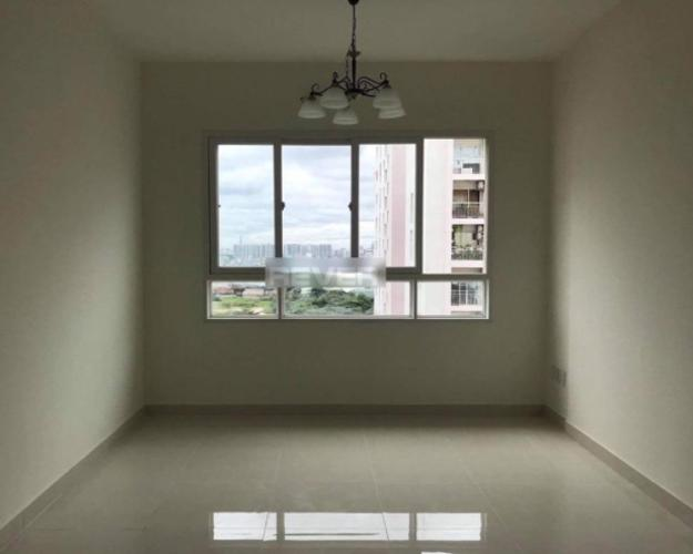 Căn hộ Green Hills Apartment tầng 10, view nội khu và thành phố.