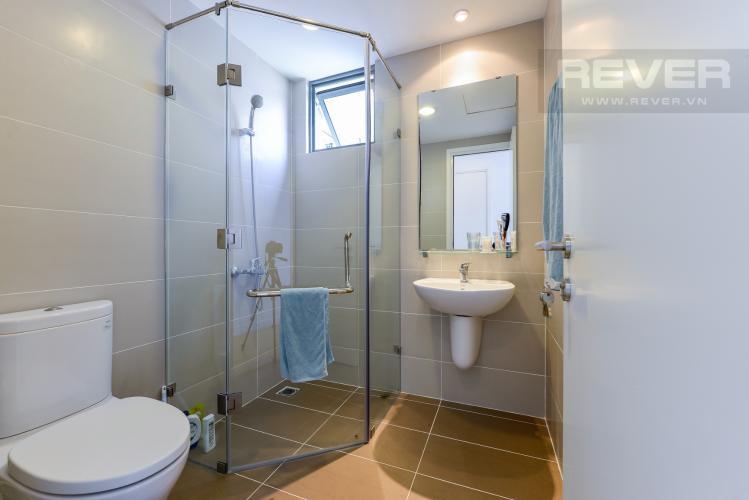 Phòng tắm 2 Căn hộ Masteri Thảo Điền tầng cao tháp T4A view sông thoáng mát