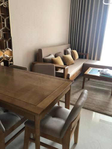 Cho thuê căn hộ Saigon Royal tầng trung, tháp A, diện tích 80m2 - 2 phòng ngủ, đầy đủ nội thất