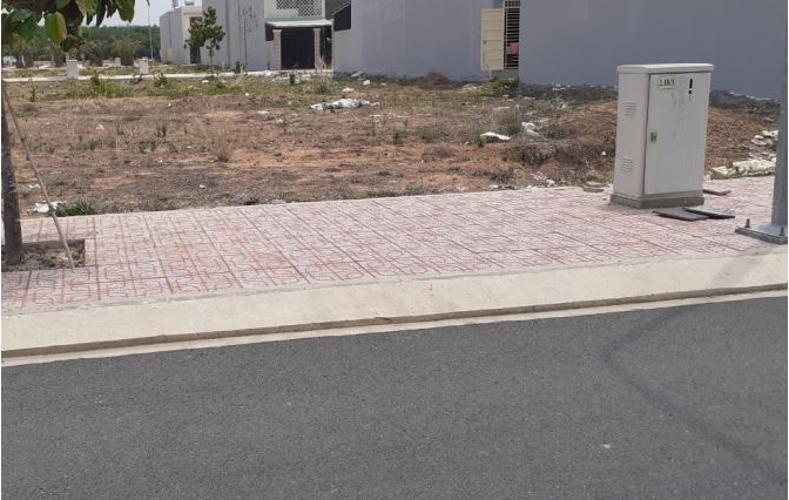 Bán đất nền mặt tiền Quận 9, có giấy phép xây dựng, sổ hồng pháp lý.