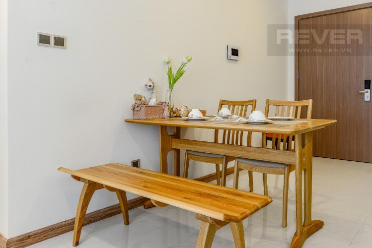 bàn ăn Căn hộ Vinhomes Central Park tầng trung Park 1 thiết kế hiện đại