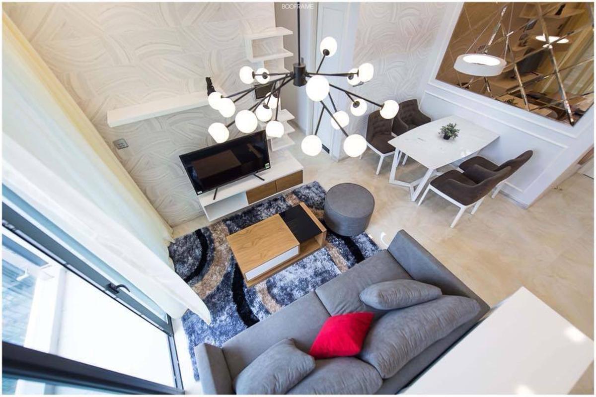 1 Cho thuê căn hộ Vinhomes Golden River 2PN, tầng cao, đầy đủ nội thất, view sông và Landmark 81