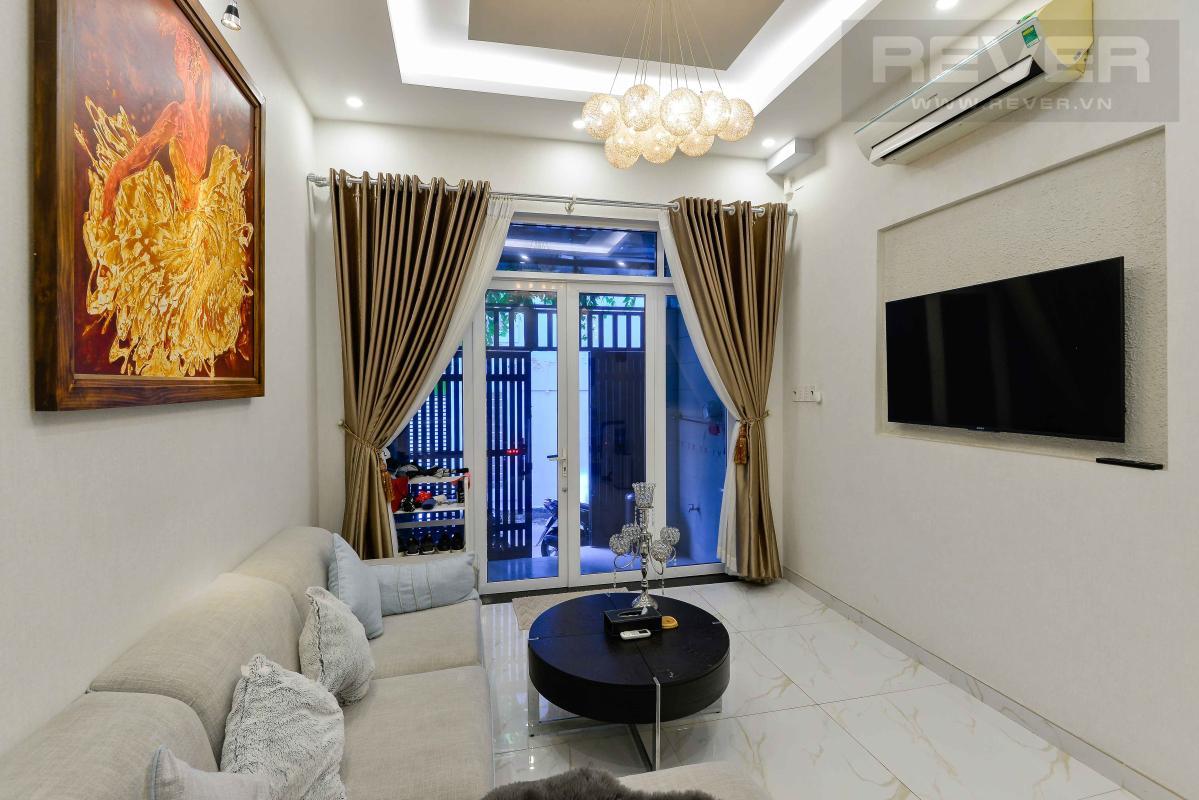 2ed3f0e72714c14a9805 Bán nhà phố 4 tầng hẻm Nguyễn Thần Hiến Quận 4, diện tích đất 44m2, đầy đủ nội thất