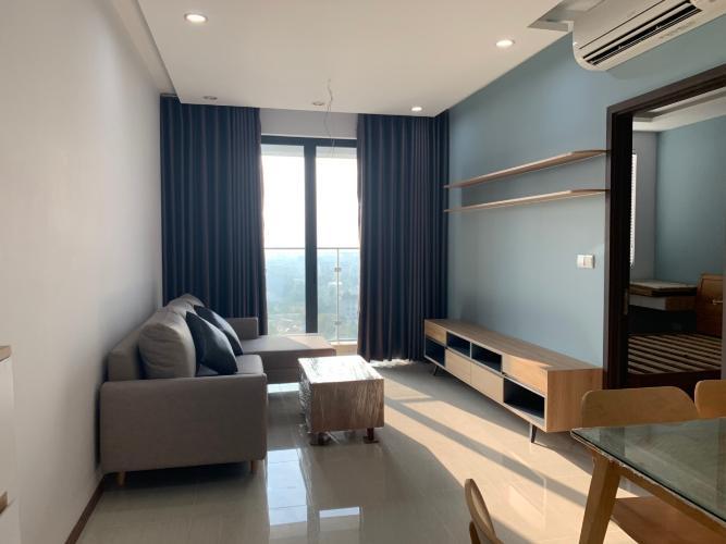 PHÒNG KHÁCH Căn hộ One Verandah tầng trung, nội thất hoàn thiện.