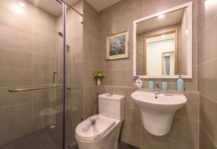 nhà vệ sinh Căn hộ Lovera Vista tầng cao, view thoáng mát.