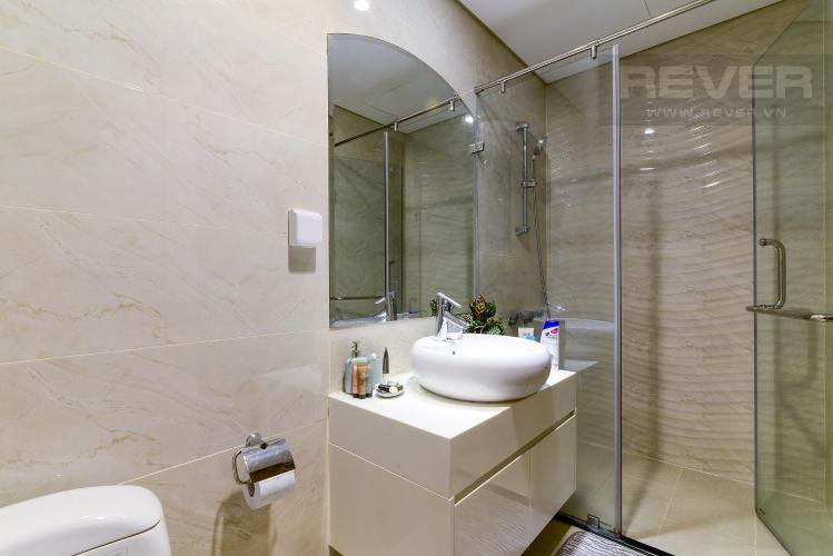 Phòng tắm 1 Bán căn hộ Vinhomes Central Park 3PN, tầng cao, tháp Landmark 3, đầy đủ nội thất, view công viên và sông Sài Gòn