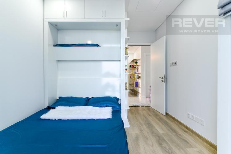 30eae3776c748a2ad365 Cho thuê căn hộ Vinhomes Central Park 2PN, tháp Landmark 81, đầy đủ nội thất, hướng Đông Nam, view hồ bơi