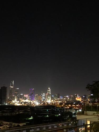 View căn hộ Sarica Condominium Căn hộ Sarica Condominium đầy đủ nội thất tiện ích, hướng Nam.