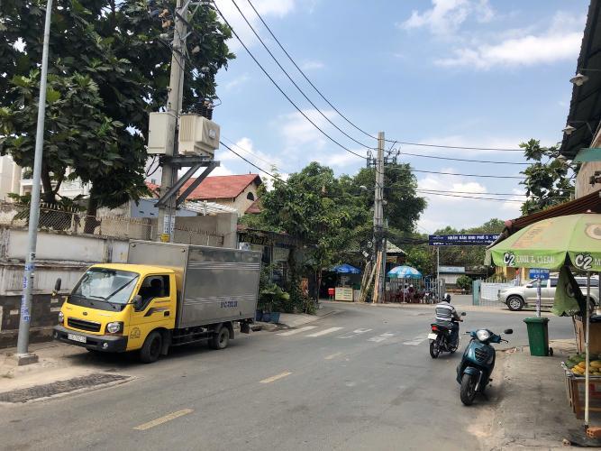 Đường vào Cho thuê mặt bằng kinh doanh đường Quốc Hương phường Thảo Điền quận 2, diện tích đất 200m2
