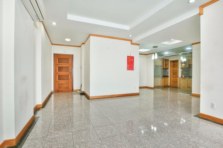 Căn hộ Phú Hoàng Anh 3 phòng ngủ tầng cao block B