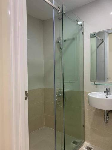 Phòng tắm căn hộ chung cư Diamond Riverside, Quận 8 Căn hộ Daimond Riverside nội thất cơ bản cao cấp, view nội khu.