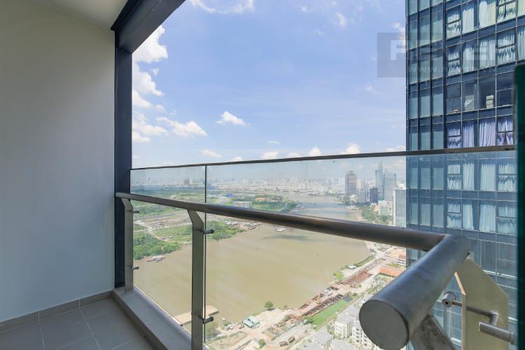 Balcony Bán hoặc cho thuê căn hộ Vinhomes Golden River 2PN, tầng cao, tháp The Aqua 1, view sông Sài Gòn