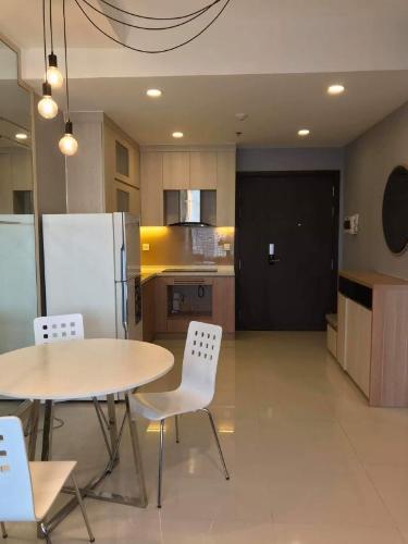 Cho thuê căn hộ RiverGate Residence thuộc tầng trung, 2 phòng ngủ, diện tích 60m2, đầy đủ nội thất