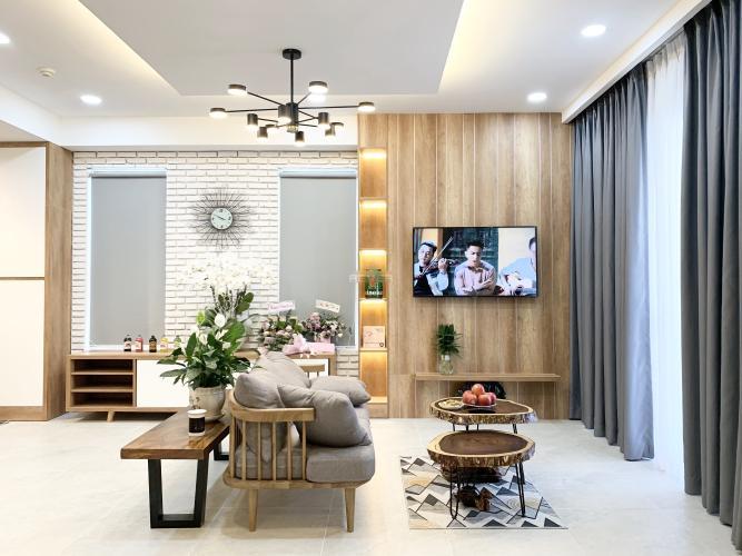 Căn hộ Sunrise Cityview, thiết kế hiện đại kèm nội thất.