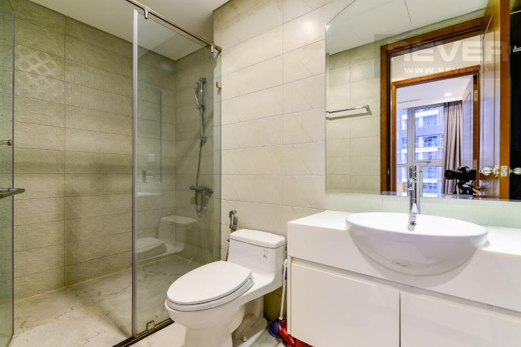 Phòng Tắm 1 Căn hộ Vinhomes Central Park 4PN đầy đủ nội thất, view sông Sài Gòn