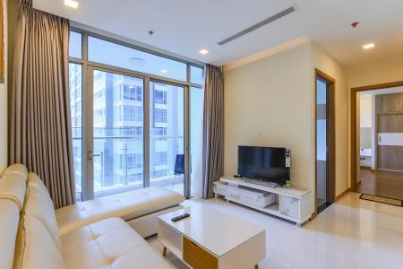 Căn hộ Vinhomes Central Park 2 phòng ngủ, tầng cao P6, view sông