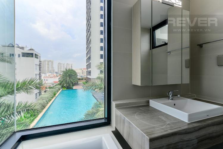 Phòng Tắm 2 Cho thuê căn hộ The Ascent 2PN, tầng thấp, đầy đủ nội thất, view hồ bơi và Landmark 81