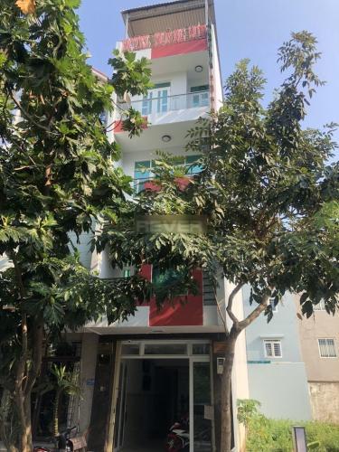 Nhà phố KDC Phú Mỹ, quận 7 Nhà phố KDC Phú Mỹ diện tích đất 64.8m2, nội thất đầy đủ thuận tiện kinh doanh