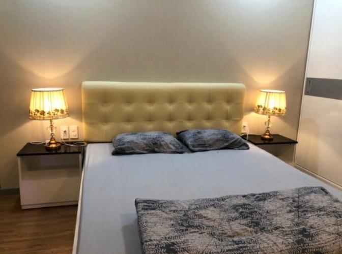 Phòng ngủ căn hộ The Gold View Căn hộ tầng cao The Gold View 2 phòng ngủ, ban công hướng Tây Bắc.