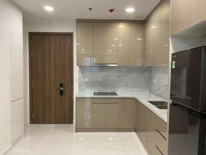 Khu bếp căn hộ Kingdom 101 Cho thuê căn hộ Kingdom 101 quận 10, diện tích 70.58m2 - 2 phòng ngủ, nội thất cơ bản