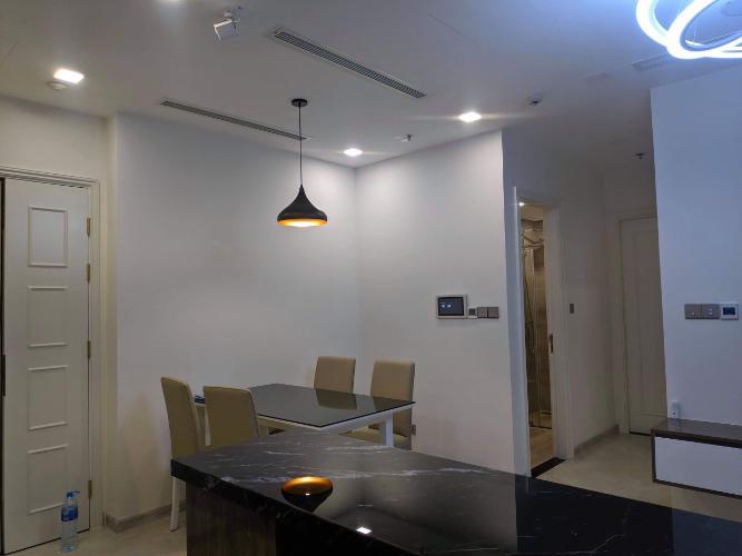 Phòng ăn căn hộ VINHOMES GOLDEN RIVER Cho thuê căn hộ Vinhomes Golden River 2PN, diện tích 68m2, đầy đủ nội thất, hướng ban công Tây Nam