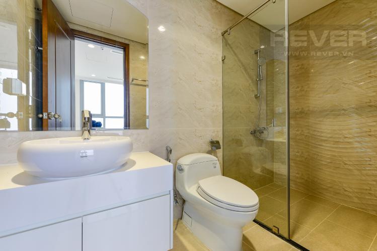 Phòng tắm Căn hộ Vinhomes Central Park 2 phòng ngủ tầng cao L3 nội thất cơ bản