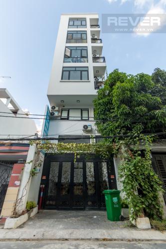 Bán nhà 6 tầng đường Huỳnh Tấn Phát, thổ cư 152m2, 31 phòng ngủ, cách Bưu điện Q7 khoảng 700m