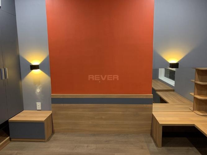 Căn hộ Heaven Riverview, Quận 8 Căn hộ Heaven Riverview tầng trung view thành phố, nội thất đầy đủ.