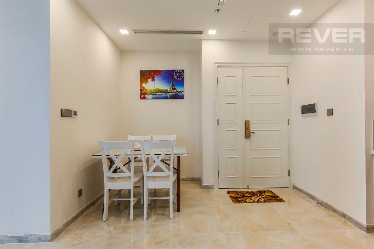 Bàn Ăn Căn hộ Vinhomes Golden River tầng trung tòa Aqua 3 diện tích 57m2, đầy đủ nội thất
