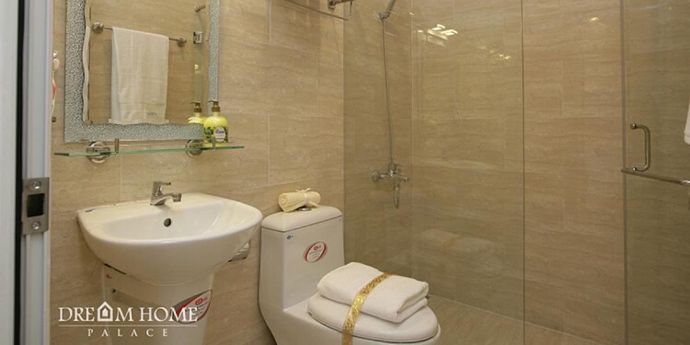 Phòng tắm Vinhomes Grand Park Quận 9 Căn hộ Vinhomes Grand Park tầng 26, view sông thoáng mát.