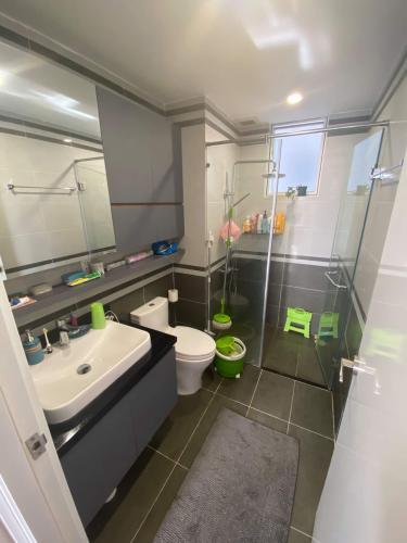 Nhà vệ sinh Sunrise Riverside Căn hộ Sunrise Riverside tầng trung, đầy đủ nội thất, view sông.