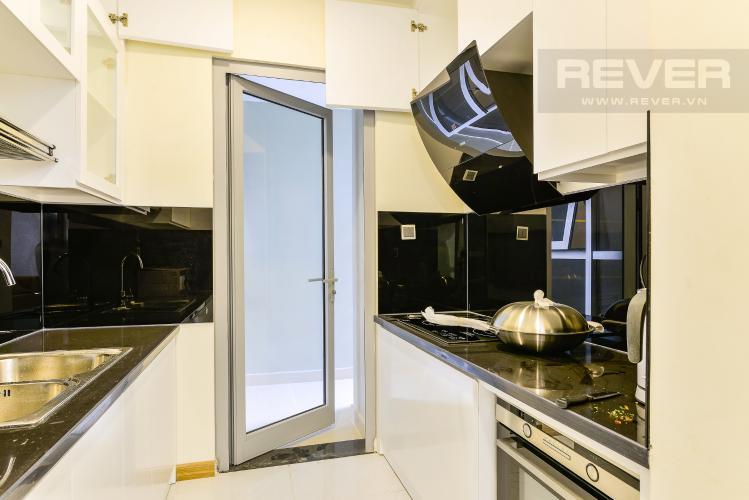 Nhà Bếp Căn hộ Vinhomes Central Park 3 phòng ngủ tầng trung P7 view hồ bơi