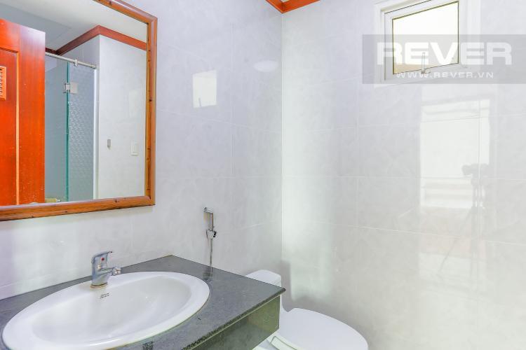 Phòng Tắm 1 Căn hộ Hoàng Anh Thanh Bình tầng thấp, Block B, 2 phòng ngủ, đầy đủ nội thất