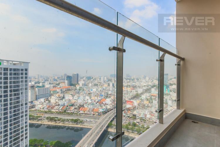 Balcony Căn hộ Masteri Millennium tầng cao, 2PN đầy đủ nội thất, view sông đẹp