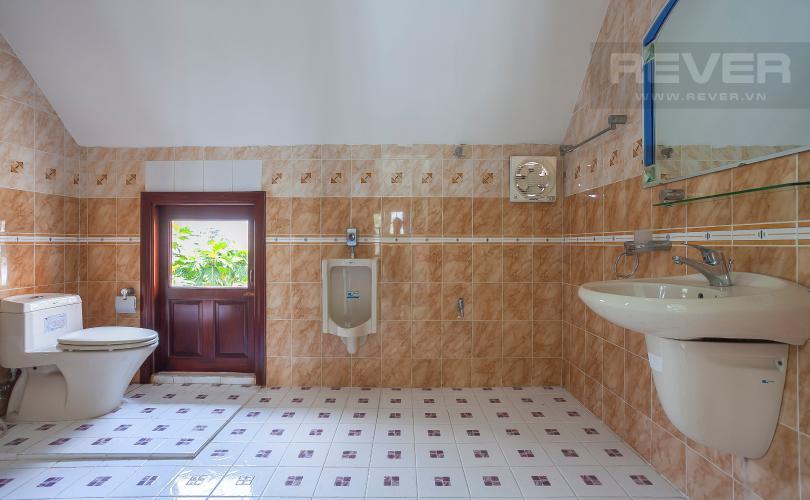 Phòng Tắm 1 Nhà phố 4 phòng ngủ đường Số 2 Quận 2 nội thất đầy đủ