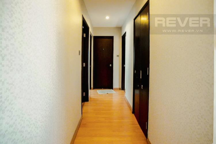 Lobby Căn hộ Chung cư Phú Mỹ tầng cao, 3PN, nội thất đầy đủ, view hồ bơi