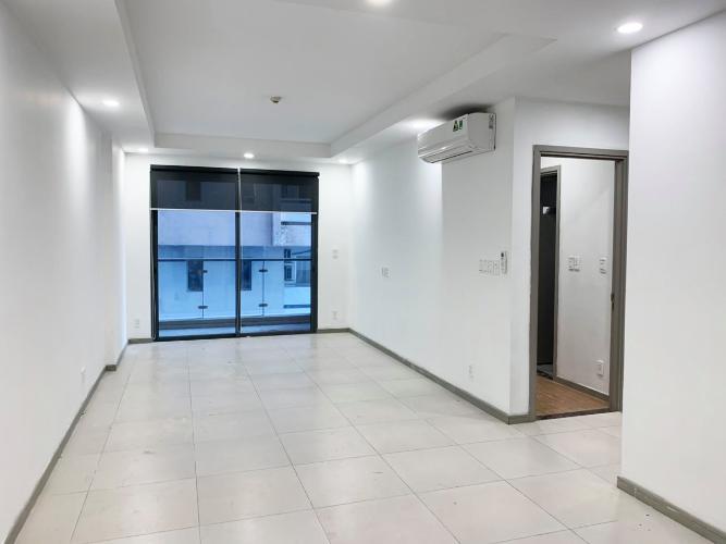 Bán căn hộ The Gold View thuộc tầng thấp,  2 phòng ngủ, diện tích 80.7m2, ban công hướng Tây Bắc.