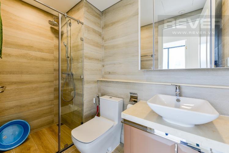 Phòng Tắm 1 Officetel Vinhomes Golden River 2 phòng ngủ tầng trung A4 hướng Đông Bắc