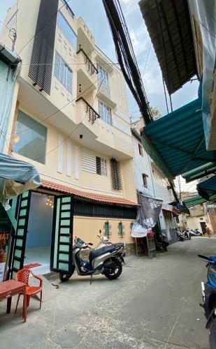 Nhà phố Bình Thạnh hướng Đông Bắc, diện tích sử dụng 110m2.