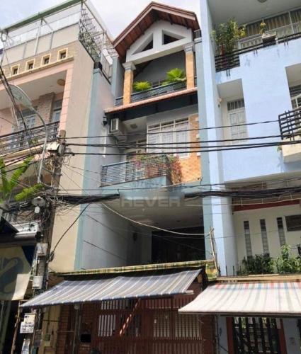 Mặt tiền nhà phố Quang Trung, Gò Vấp Nhà phố hẻm 8m, thiết kế nội thất gỗ cao cấp.
