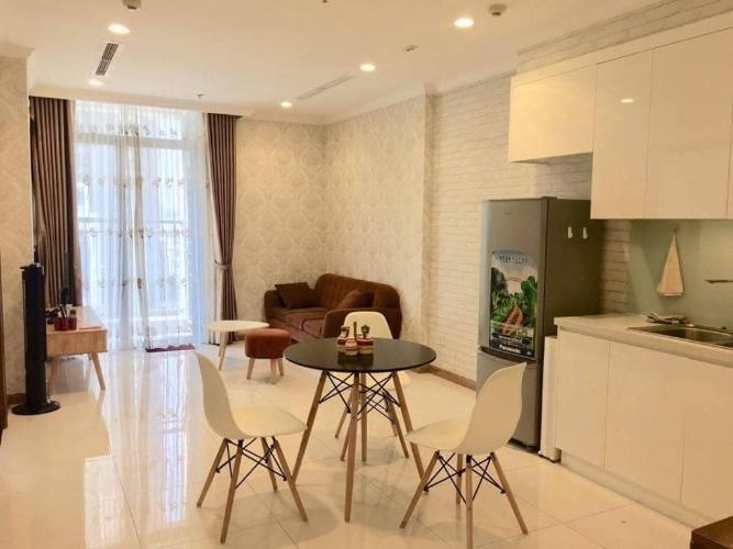 Phòng ăn và bếp căn hộ VINHOMES CENTRAL PARK Bán căn hộ Vinhomes Central Park 1PN, đầy đủ nội thất, view nội khu